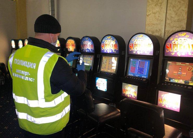 Дело о закрытии подпольных казино в новороссийске почему нельзя играть ночью в карты