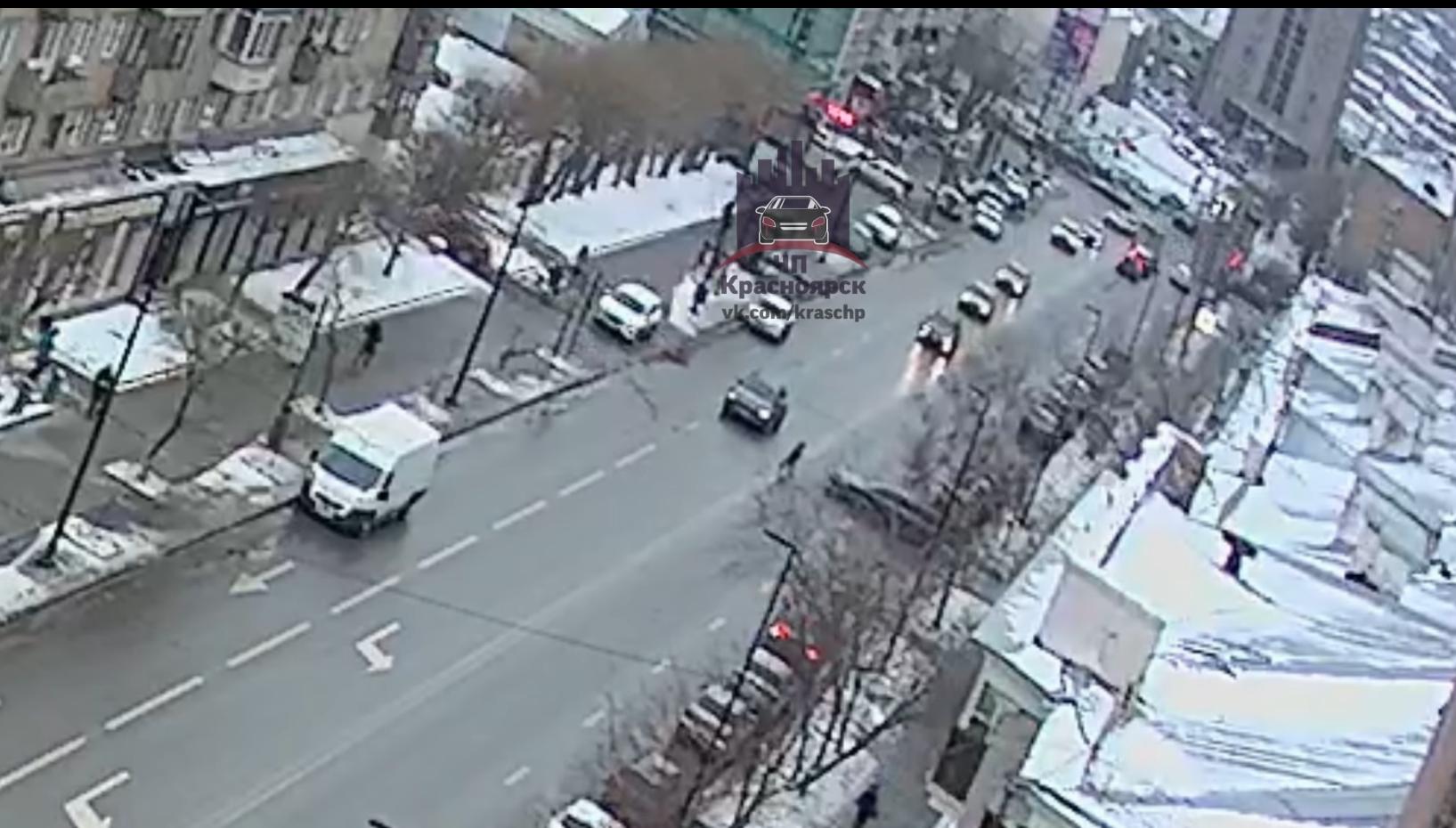 В Красноярске на проспекте Мира сбили пешехода