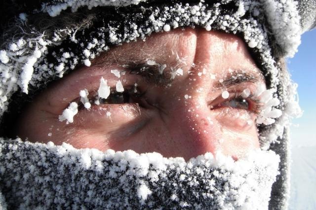 В Красноярск после дня потепления вновь вернулись морозы