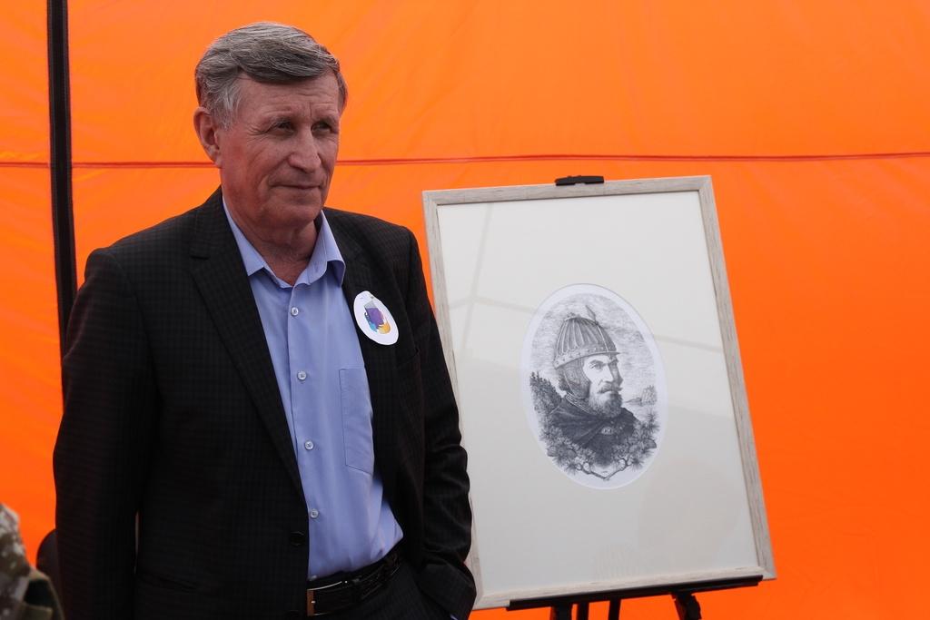 В Красноярске  представили портрет основателя города Андрея Дубенского