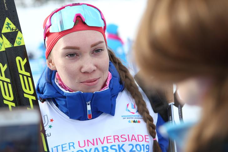 Российские лыжницы на универсиаде рассказали, какие у них причёски в тренде