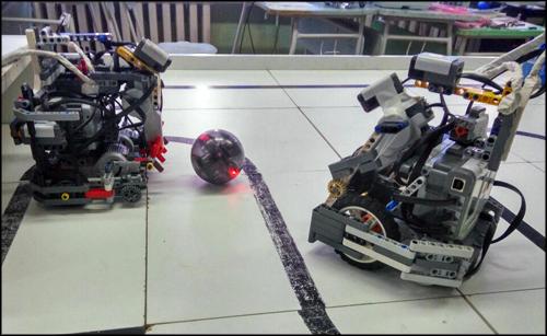 Пятеро школьников из Красноярска стали чемпионами России по робототехнике