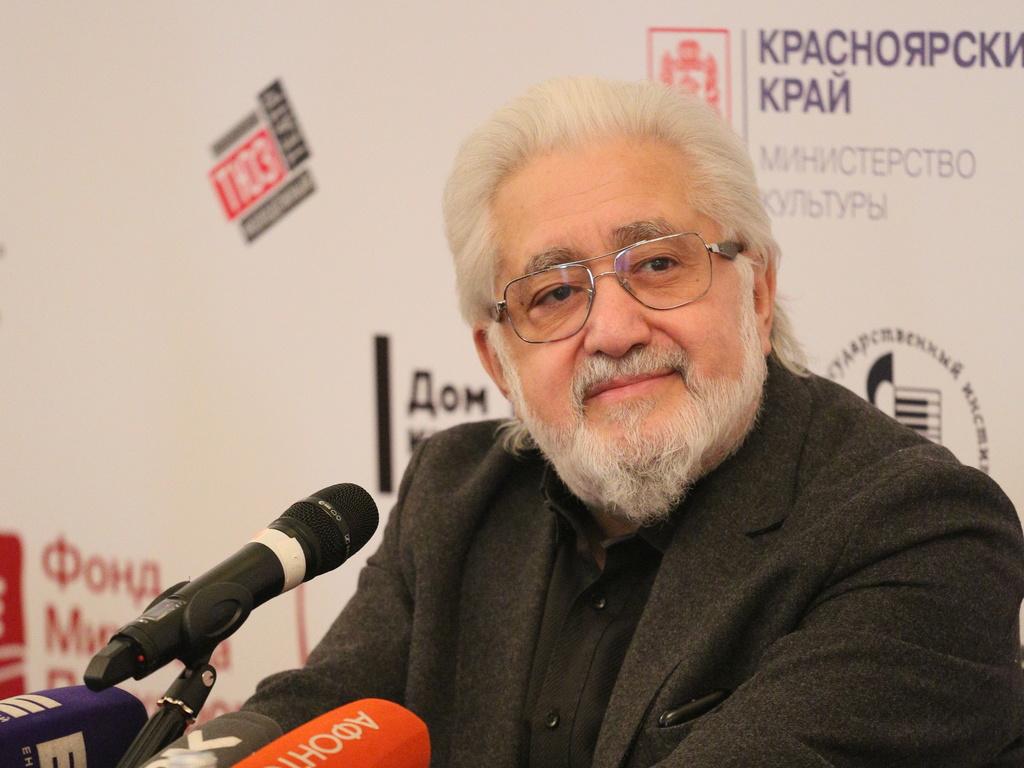 Лев Додин: «В театре можно разрезать только себя»
