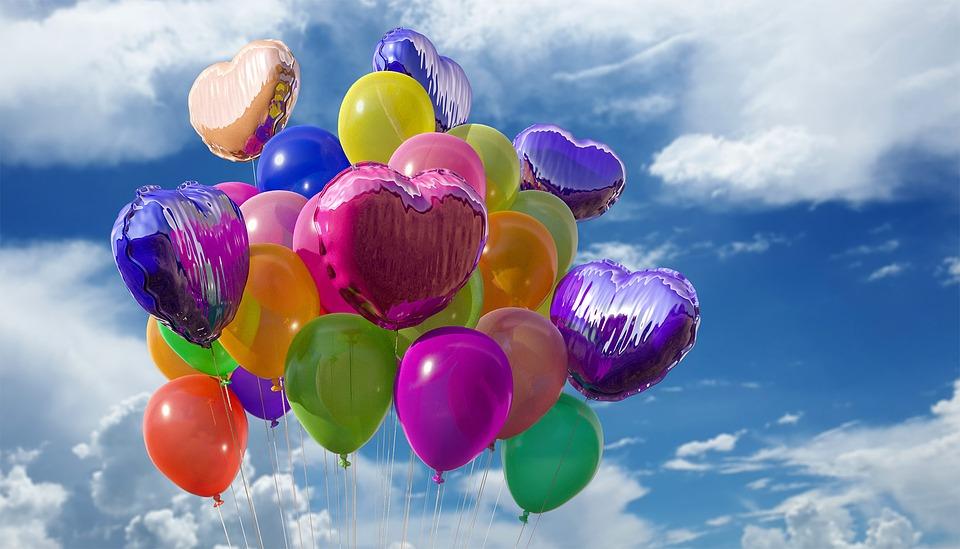 Красноярских выпускников просят отказаться от воздушных шариков