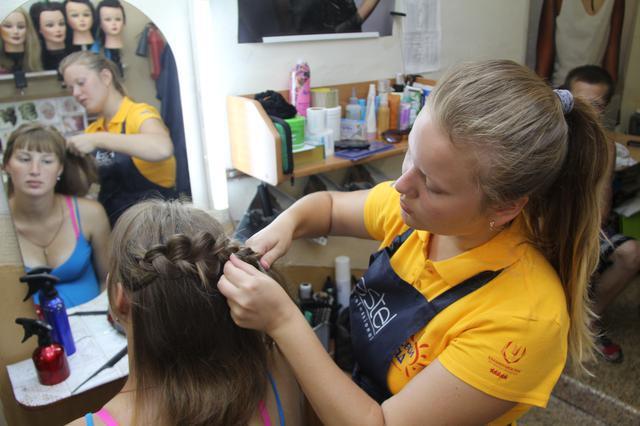 В Красноярском крае создано 15 тысяч рабочих мест для подростоков на каникулах