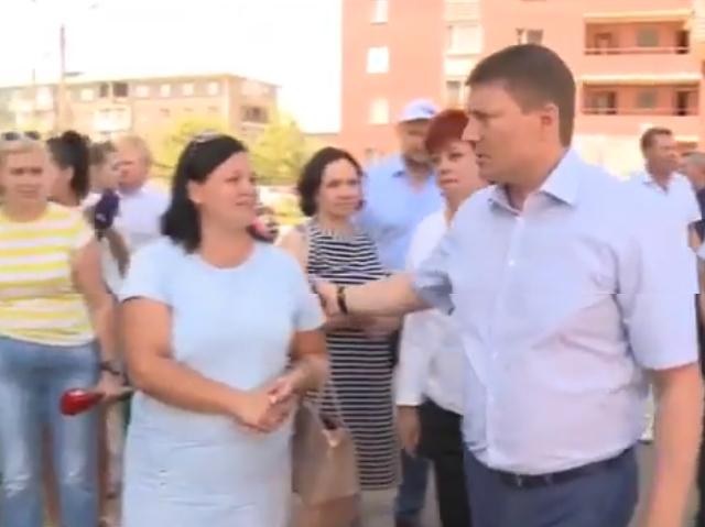 Сергей Ерёмин проверил качество ремонта дворов в Кировском районе