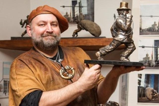 В Красноярск приехал самый известный художник Эстонии