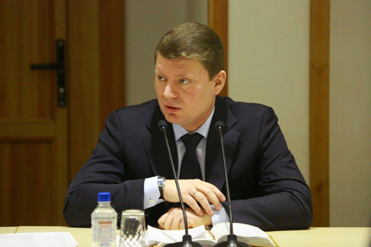 Мэр Красноярска Сергей Ерёмин посетил фестиваль «Дети детям»