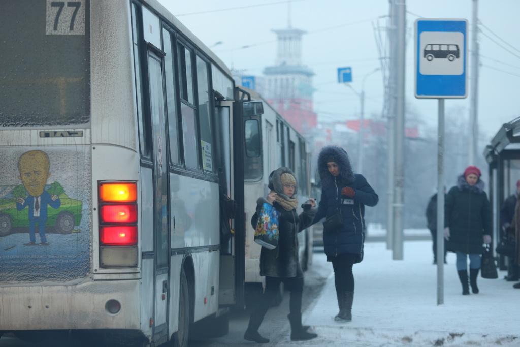 В красноярских автобусах продолжат принимать транспортные карты