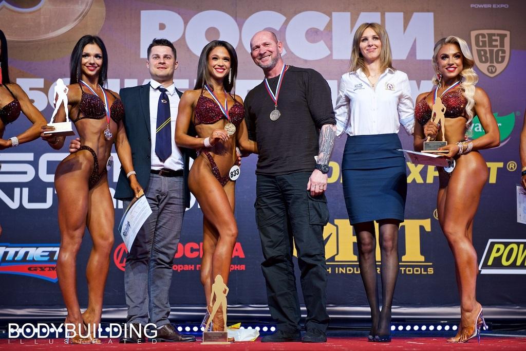 Фитнес-модель Алина Малыхина из Красноярска стала бронзовой призёркой Кубка России