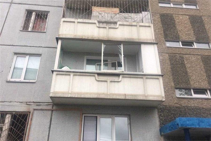 В жилом доме на окраине Красноярска взорвался газ