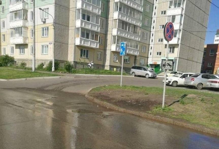 Жители двух многоквартирных домов в Солнечном остались без воды