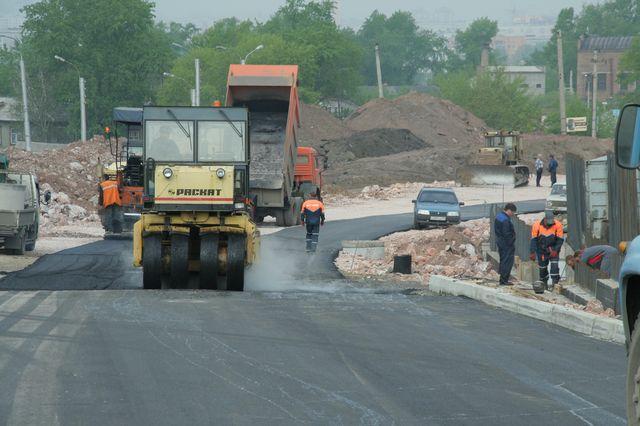 В Красноярске начали поиск подрядчиков для ремонта дорог с запасом времени