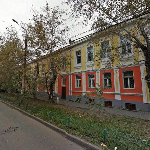 Дом Гадалова, в котором находились, больница, военкомат, речное пароходство и канцелярия городского правления