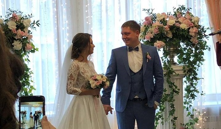 Красноярские молодожёны устроили на свадьбе благотворительную акцию