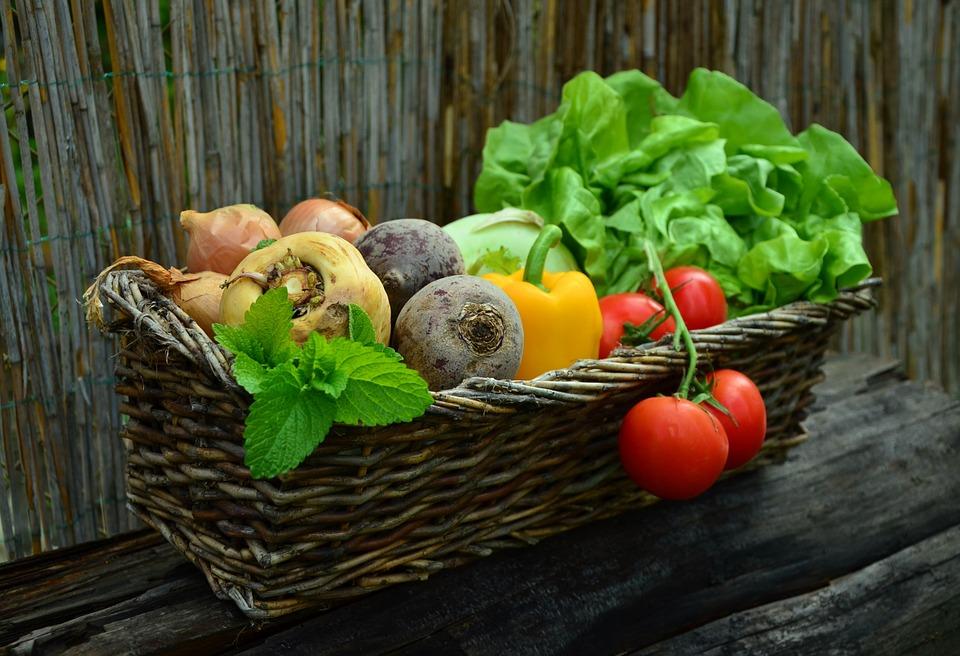 Красноярцев просят поделиться излишками урожая