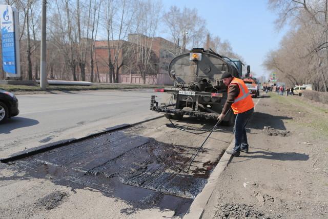 К 25 августа в Красноярске должен быть завершен ремонт дорог