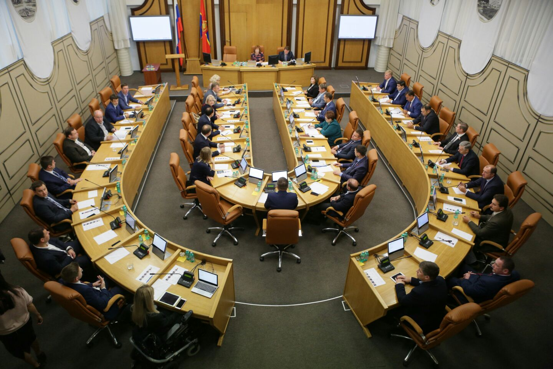 В Красноярском городского совета депутатов выбирают руководителей комиссий