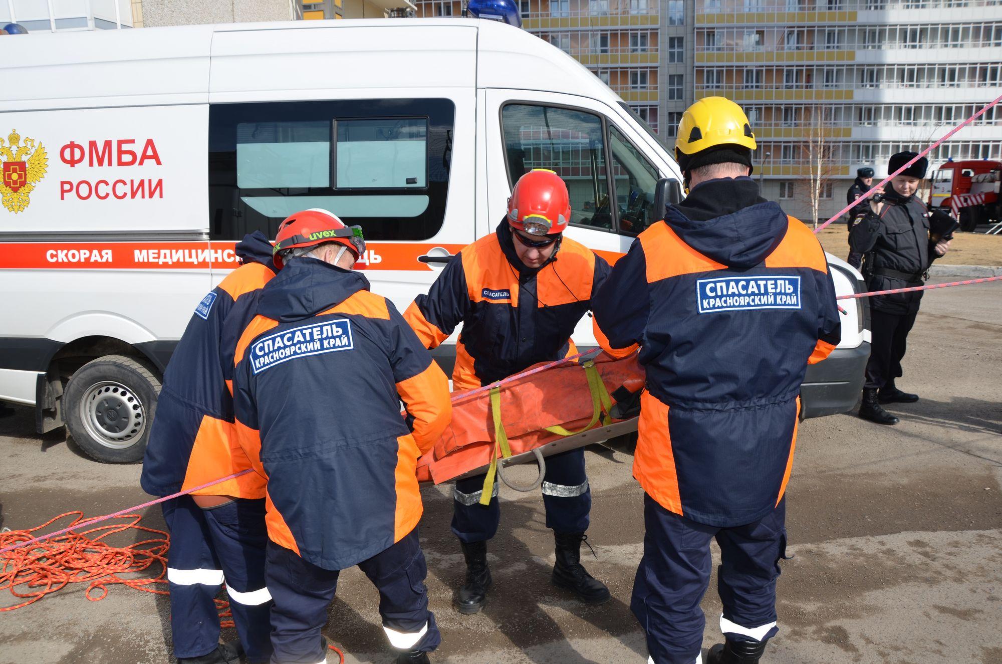 Красноярские врачи поучаствовали в пожарно-тактических учениях на объекте Универсиады-2019