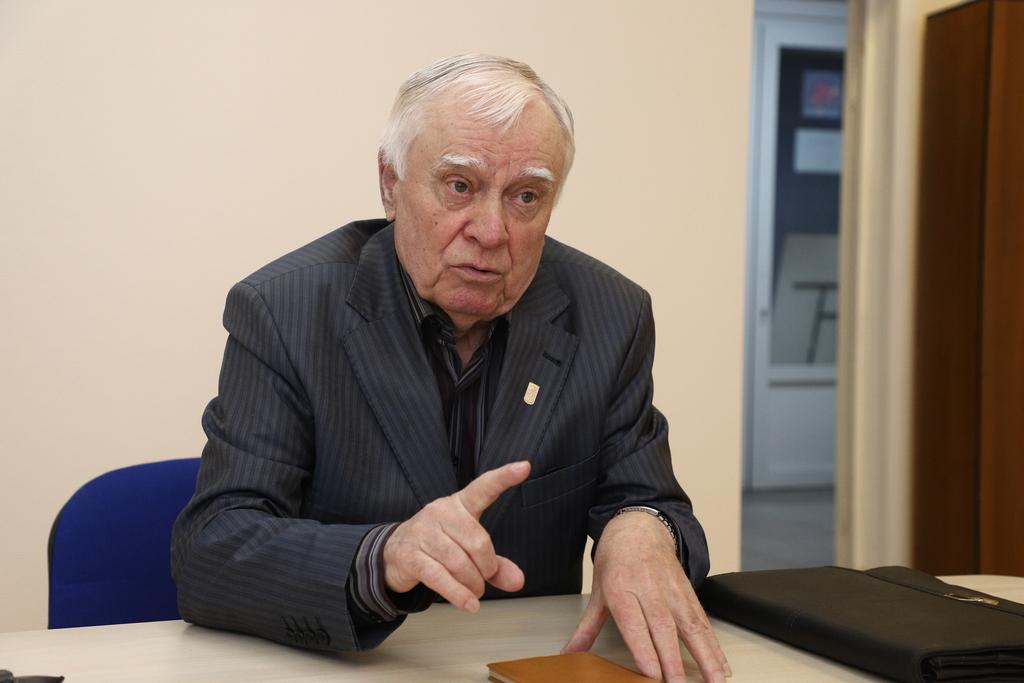 Владимир РУБАШЕНКО: «Мы сдавали к 1 сентября до десяти школ»