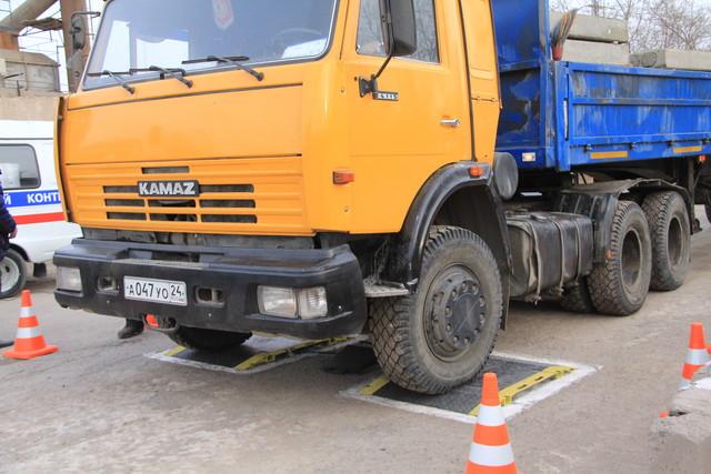 По Красноярску запретят ездить тяжёлым машинам
