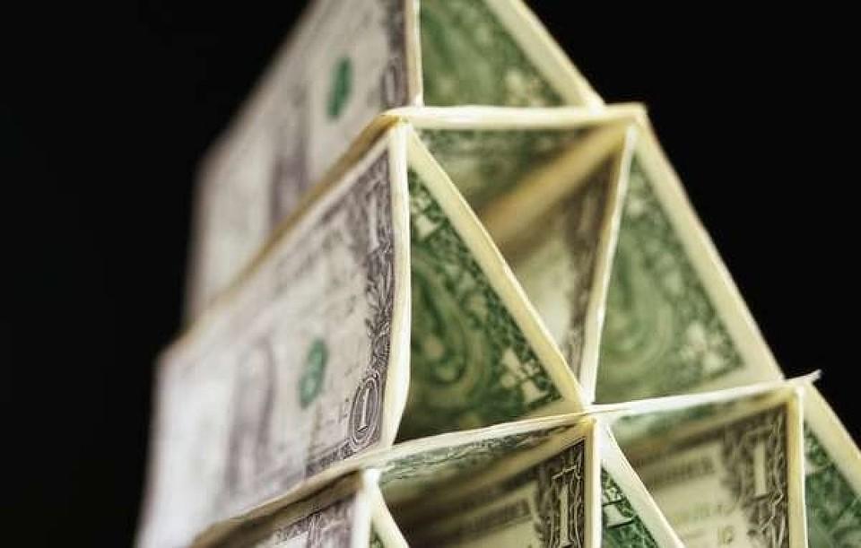 В Красноярском крае расследуется 9 уголовных дел о финансовых пирамидах