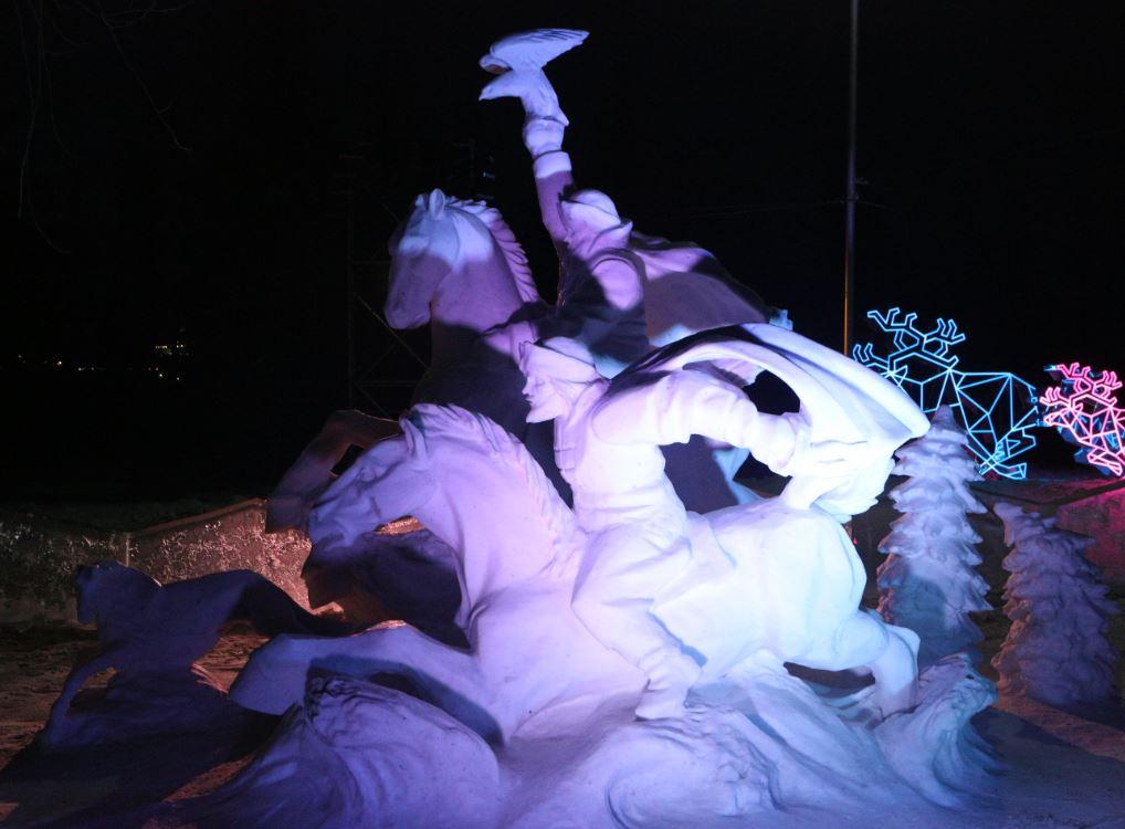 В Красноярске открывается VIII фестиваль снежно-ледовых скульптур «Волшебный лёд Сибири»