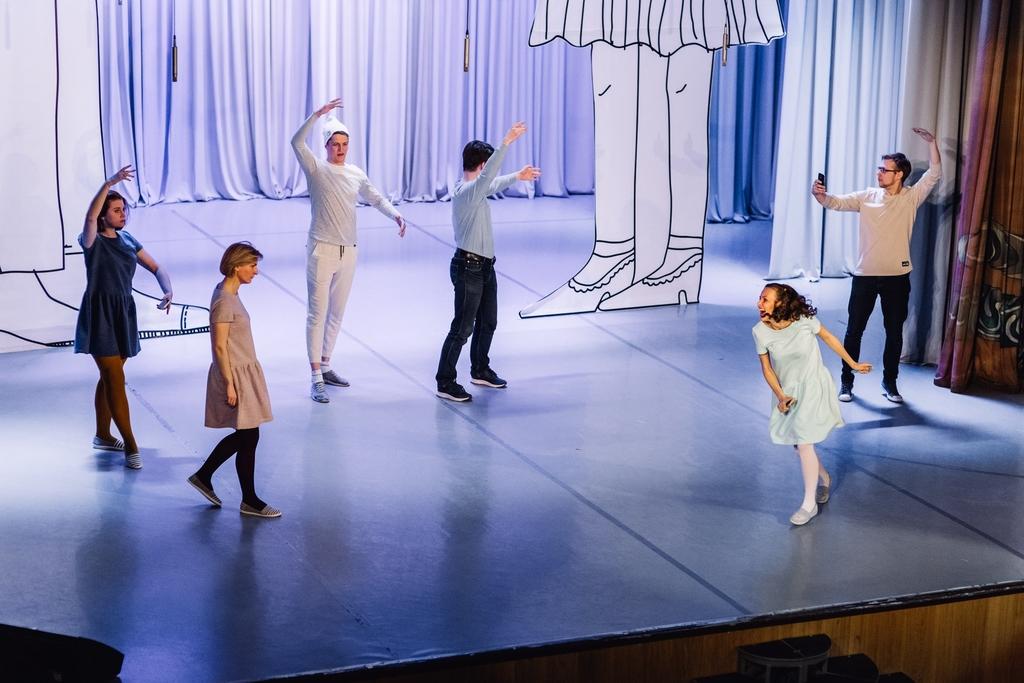Как красноярские театры привлекают внимание зрителей к премьерам