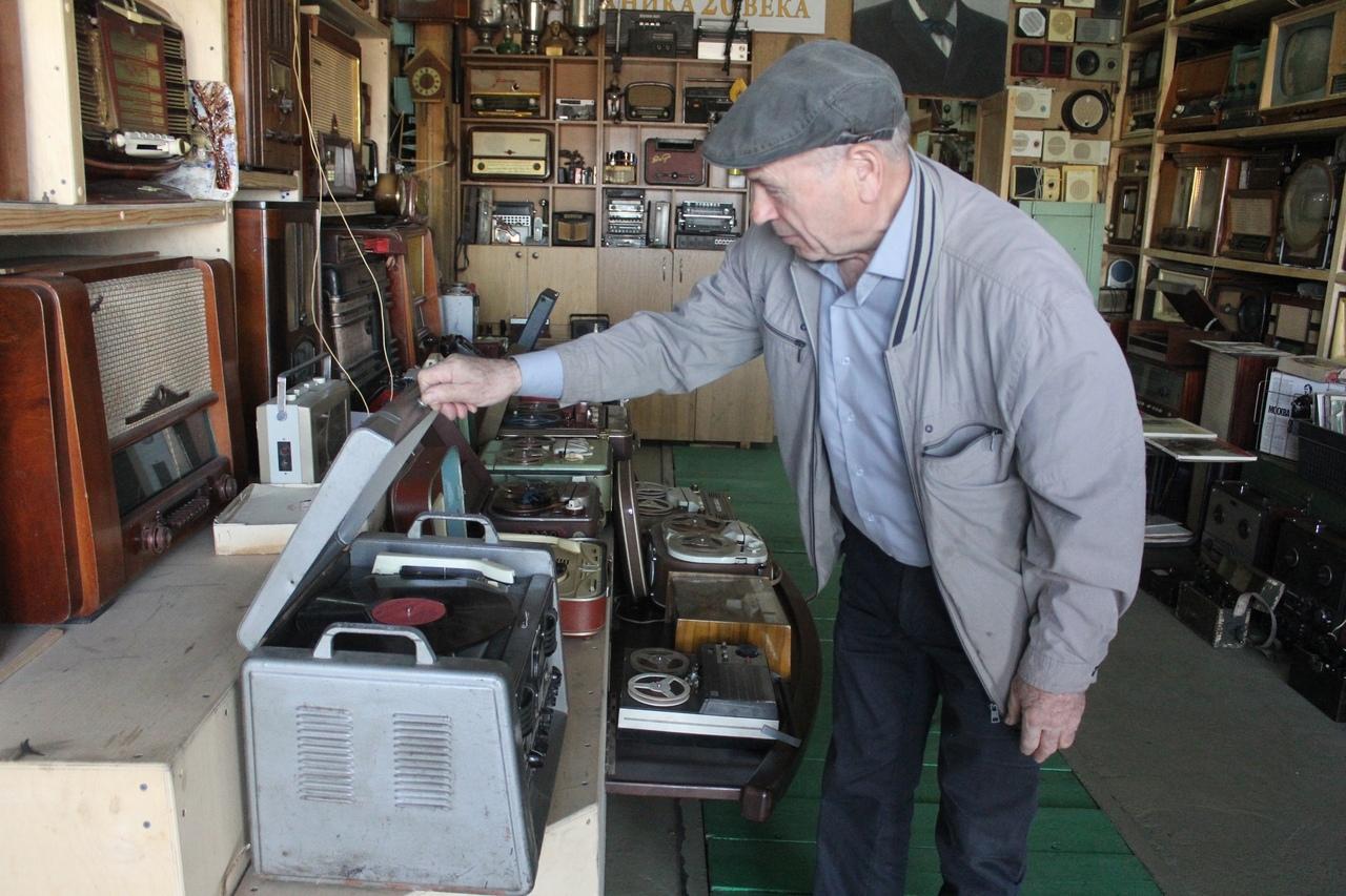 Красноярец собрал коллекцию советской электронной аппаратуры