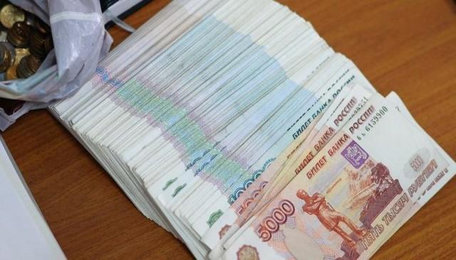 Житель Канска отдал мошеннику более 50 тысяч рублей за дешёвый Nissan