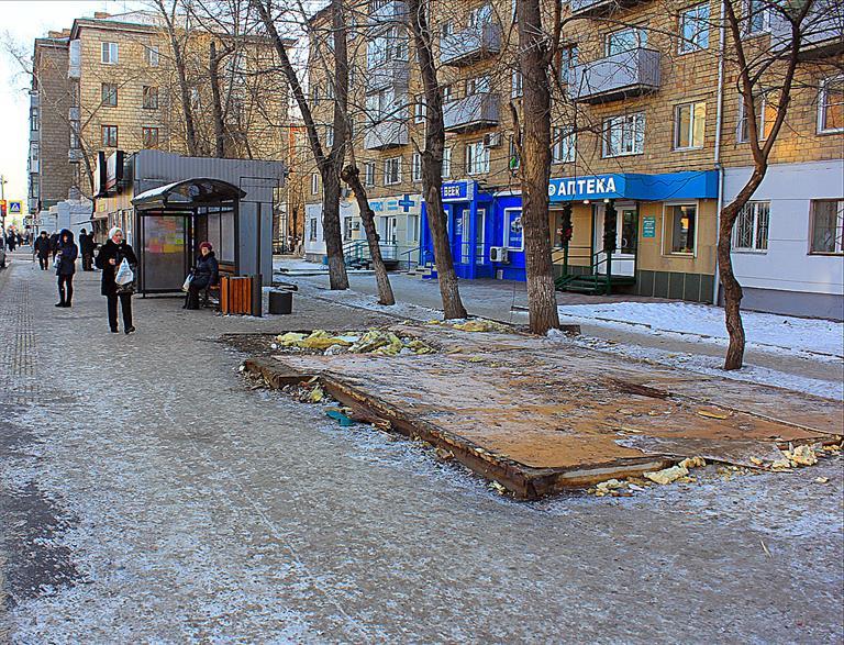 Красноярские предприниматели добровольно сносят павильоны