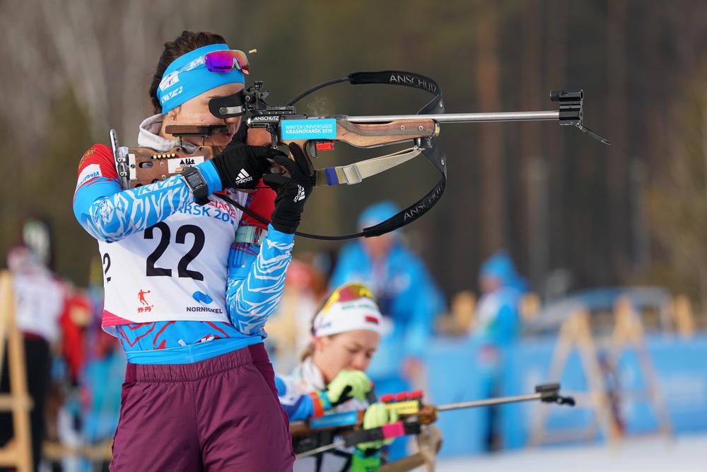 В индивидуальной гонке на универсиаде российские биатлонистки завоевали шесть первых мест