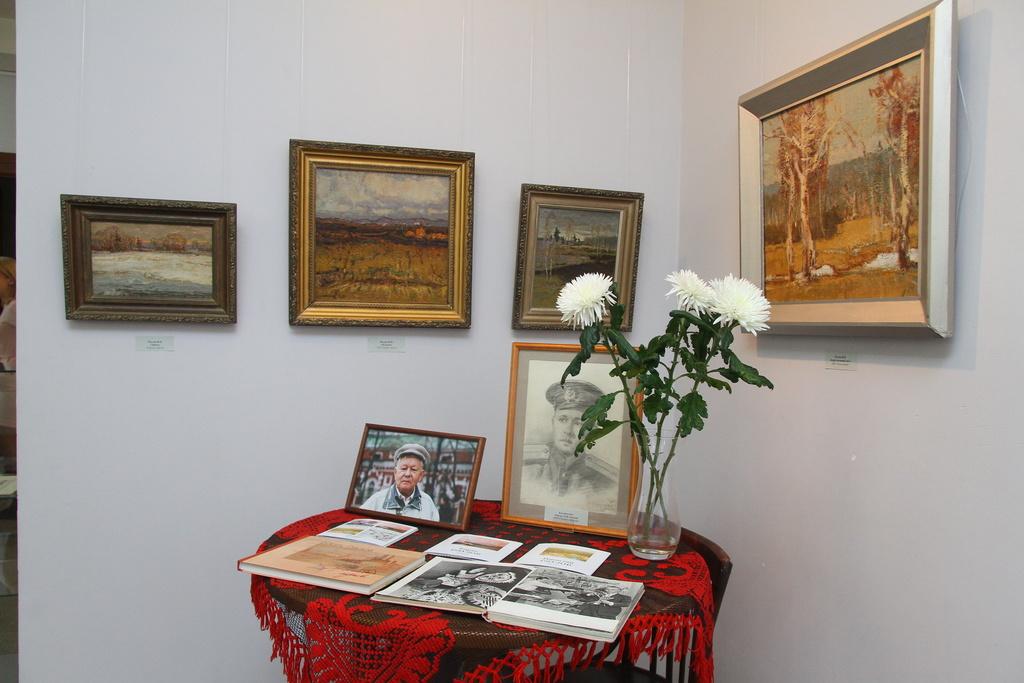Красноярцев приглашают на выставку Бориса и Николая Ряузовых