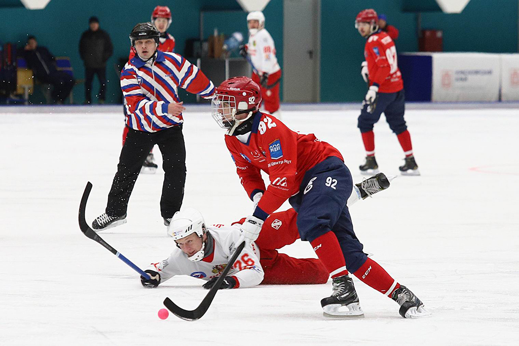 Хоккейный «Енисей» разгромил «Уральский трубник» в чемпионате России